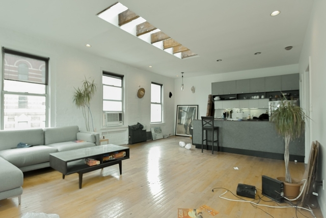 3 Bedrooms, Chelsea Rental in NYC for $6,300 - Photo 2