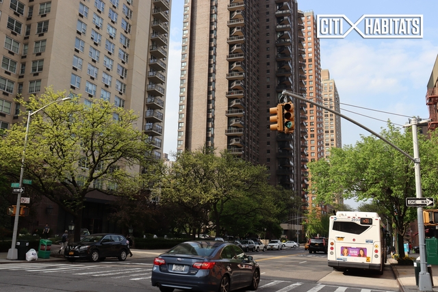 1 Bedroom, Upper East Side Rental in NYC for $2,335 - Photo 1