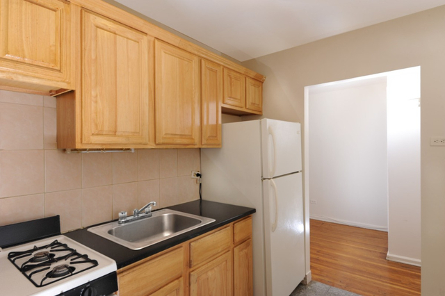 1 Bedroom, Oakland Gardens Rental in Long Island, NY for $1,700 - Photo 2