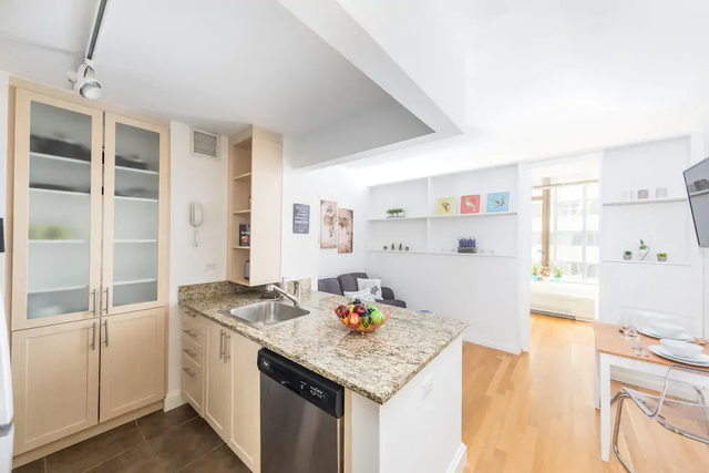 1 Bedroom, Financial District Rental in NYC for $3,265 - Photo 1