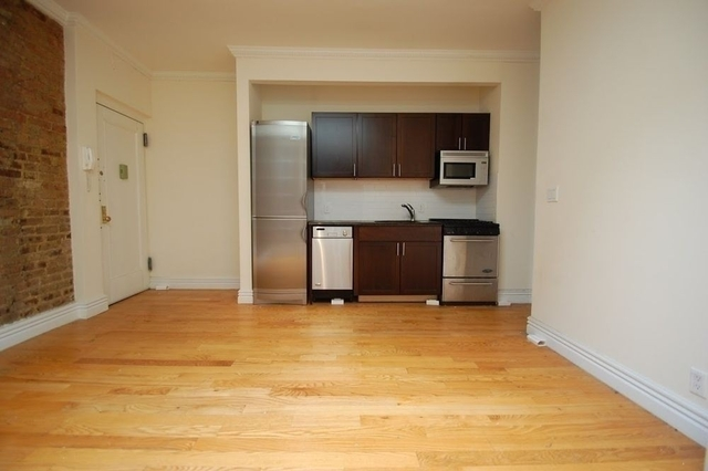 3 Bedrooms, Alphabet City Rental in NYC for $5,395 - Photo 2