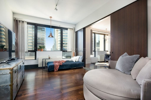 2 Bedrooms, Financial District Rental in NYC for $3,545 - Photo 1