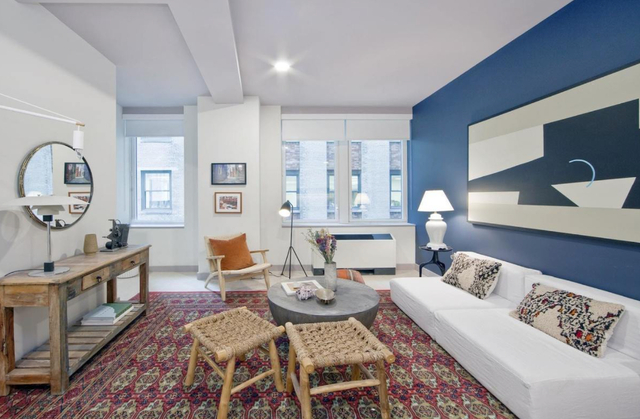 3 Bedrooms, Financial District Rental in NYC for $4,575 - Photo 2