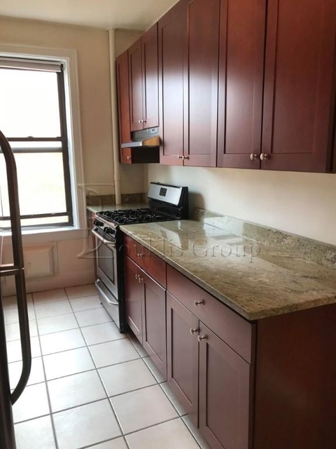1 Bedroom, Steinway Rental in NYC for $1,900 - Photo 2