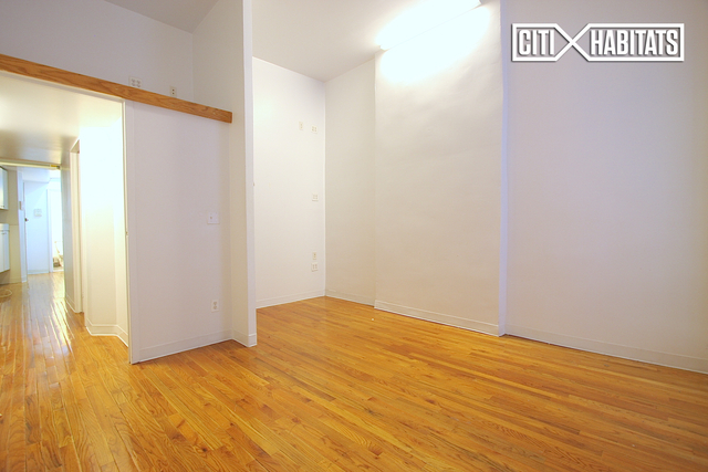 2 Bedrooms, Upper East Side Rental in NYC for $2,395 - Photo 2