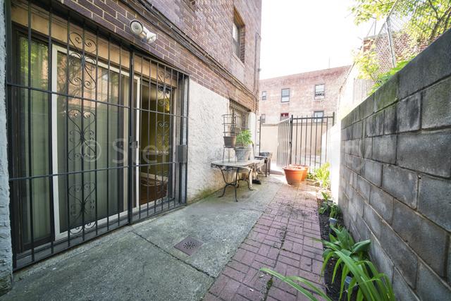 1 Bedroom, Astoria Rental in NYC for $2,000 - Photo 2