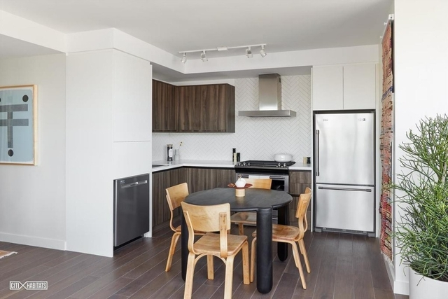 1 Bedroom, Greenpoint Rental in NYC for $3,400 - Photo 2