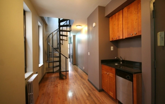 1 Bedroom, East Village Rental in NYC for $3,400 - Photo 2