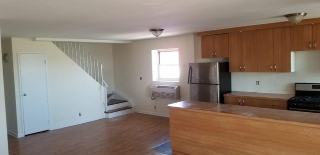 3 Bedrooms, Coney Island Rental in NYC for $2,750 - Photo 2