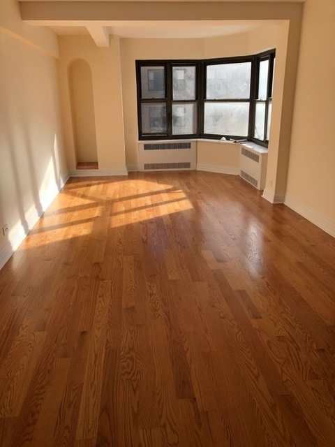 2 Bedrooms, Midtown East Rental in NYC for $5,500 - Photo 1