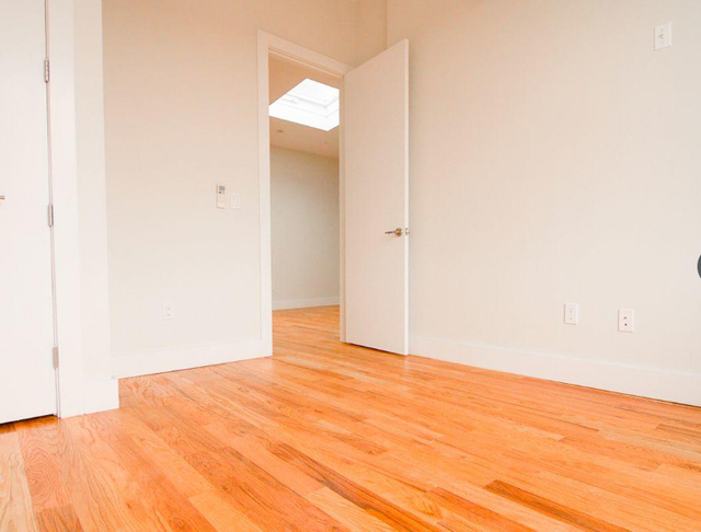4 Bedrooms, Bedford-Stuyvesant Rental in NYC for $3,400 - Photo 2