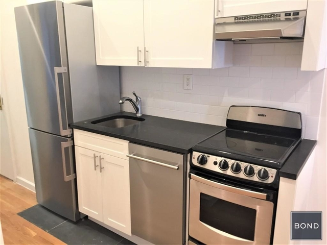 2 Bedrooms, Hudson Square Rental in NYC for $3,800 - Photo 2