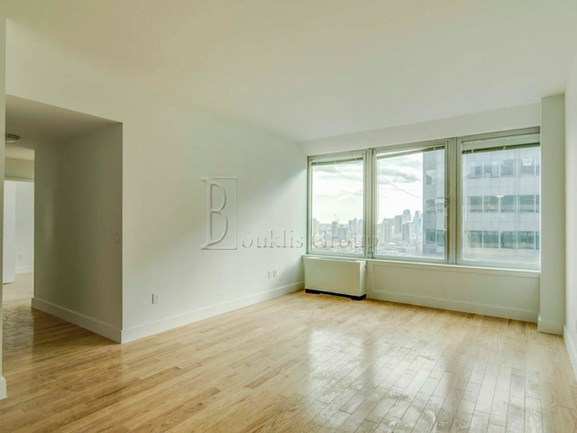 1 Bedroom, Financial District Rental in NYC for $3,985 - Photo 1