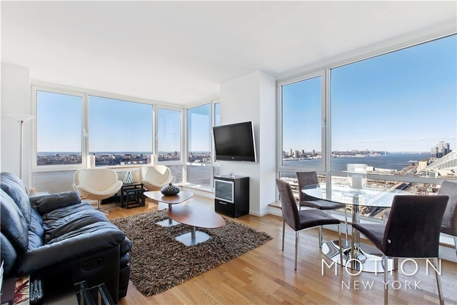 2 Bedrooms, Hell's Kitchen Rental in NYC for $6,605 - Photo 2