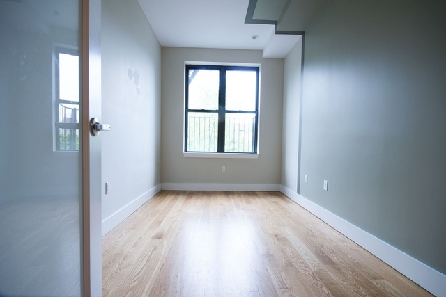 3 Bedrooms, Bushwick Rental in NYC for $3,290 - Photo 2