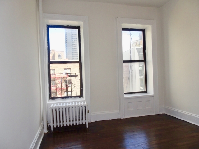 2 Bedrooms, Upper East Side Rental in NYC for $2,600 - Photo 1