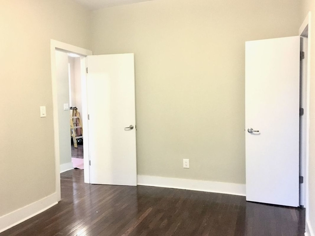 3 Bedrooms, Caton Park Rental in NYC for $2,945 - Photo 2