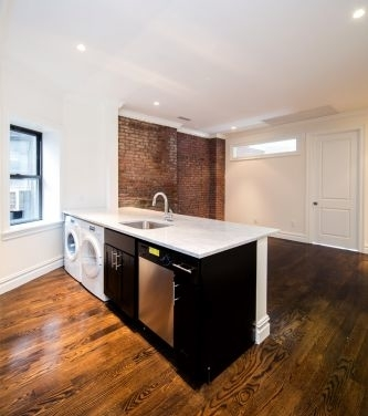 4 Bedrooms, Lower East Side Rental in NYC for $7,425 - Photo 2