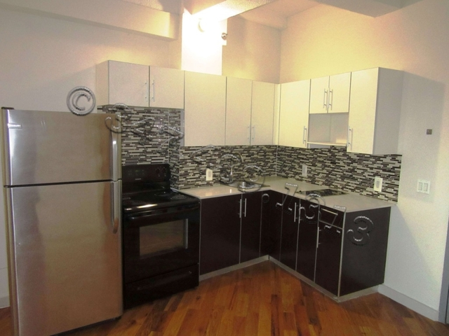 2 Bedrooms, Long Island City Rental in NYC for $3,000 - Photo 1