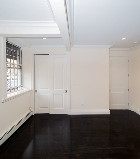 3 Bedrooms, Chelsea Rental in NYC for $5,495 - Photo 2