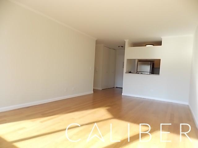 1 Bedroom, Theater District Rental in NYC for $3,617 - Photo 2