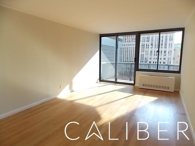 1 Bedroom, Theater District Rental in NYC for $3,617 - Photo 1
