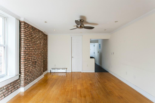 2 Bedrooms, West Village Rental in NYC for $5,442 - Photo 1