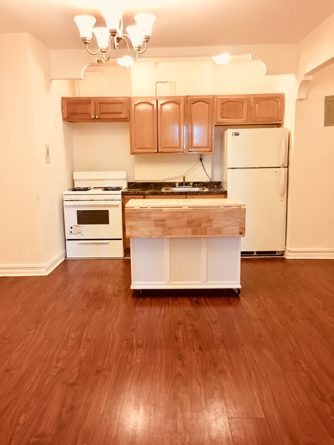 2 Bedrooms, Kensington Rental in NYC for $2,195 - Photo 2