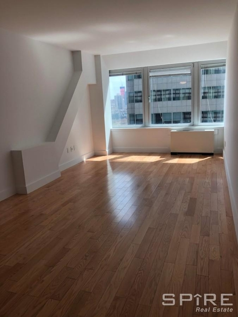 Studio, Financial District Rental in NYC for $6,000 - Photo 1