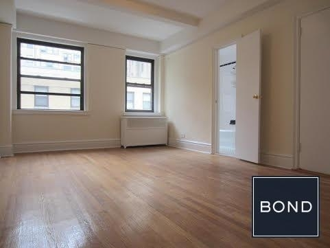 3 Bedrooms, Gramercy Park Rental in NYC for $5,625 - Photo 1