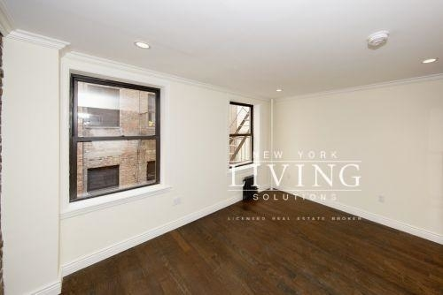 1 Bedroom, Alphabet City Rental in NYC for $3,089 - Photo 2