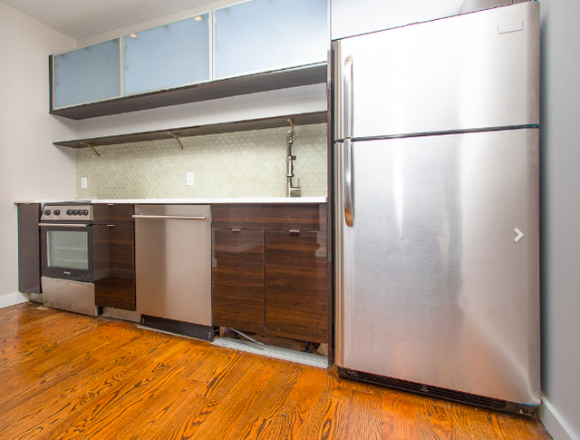 3 Bedrooms, East Williamsburg Rental in NYC for $4,498 - Photo 2