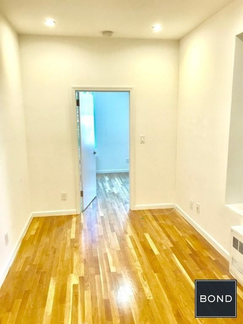 2 Bedrooms, Hudson Square Rental in NYC for $3,850 - Photo 2