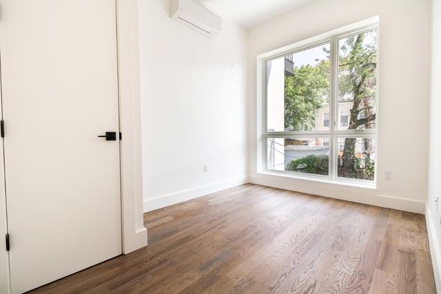 Room, Bushwick Rental in NYC for $907 - Photo 1