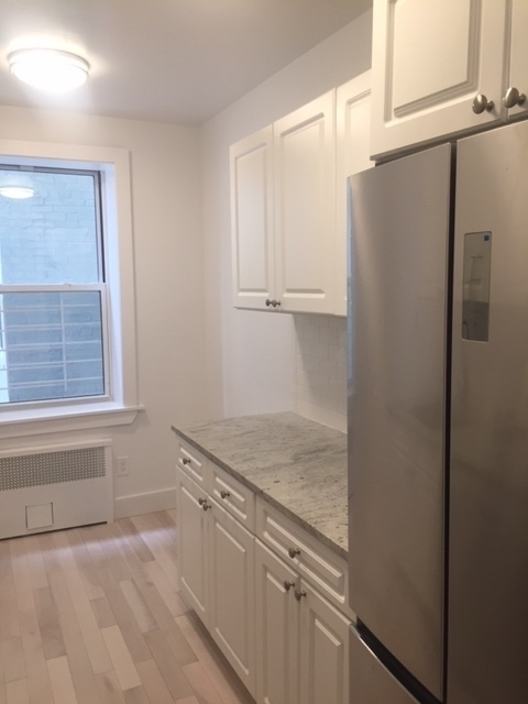 2 Bedrooms, Homecrest Rental in NYC for $2,154 - Photo 2