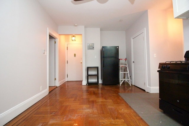 2 Bedrooms, Williamsburg Rental in NYC for $2,950 - Photo 2