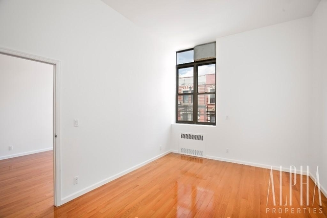 2 Bedrooms, Lower East Side Rental in NYC for $4,300 - Photo 2