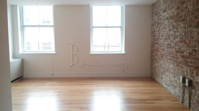 1 Bedroom, Financial District Rental in NYC for $4,800 - Photo 2