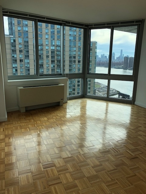 1 Bedroom, Hunters Point Rental in NYC for $3,475 - Photo 1