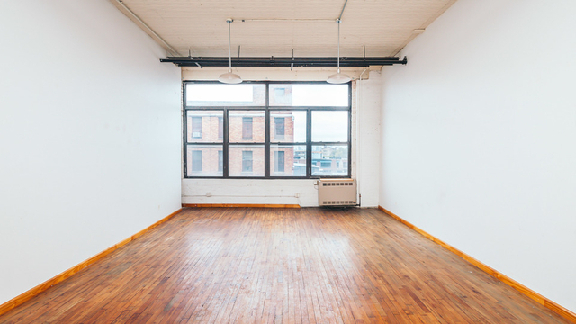 1 Bedroom, East Williamsburg Rental in NYC for $2,910 - Photo 2