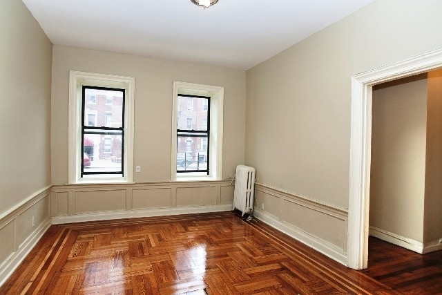 2 Bedrooms, East Midwood Rental in NYC for $2,100 - Photo 2