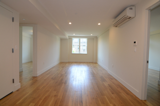 2 Bedrooms, Manhattan Terrace Rental in NYC for $3,150 - Photo 2