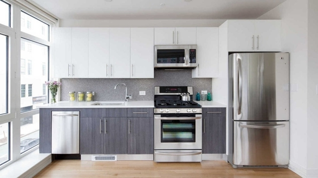1 Bedroom, Williamsburg Rental in NYC for $3,716 - Photo 1