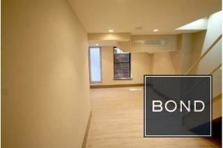 3 Bedrooms, Alphabet City Rental in NYC for $3,800 - Photo 2