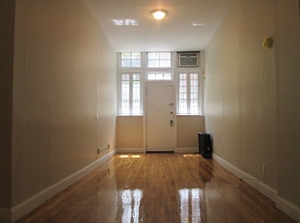 Studio, West Village Rental in NYC for $2,575 - Photo 2