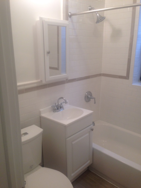 2 Bedrooms, Brighton Beach Rental in NYC for $2,175 - Photo 2