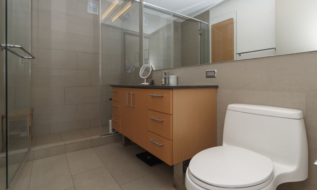 Studio, Civic Center Rental in NYC for $2,770 - Photo 2