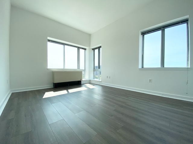 2 Bedrooms, Jamaica Rental in NYC for $2,799 - Photo 1