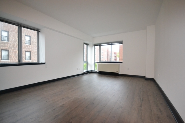 2 Bedrooms, Jamaica Rental in NYC for $2,567 - Photo 1