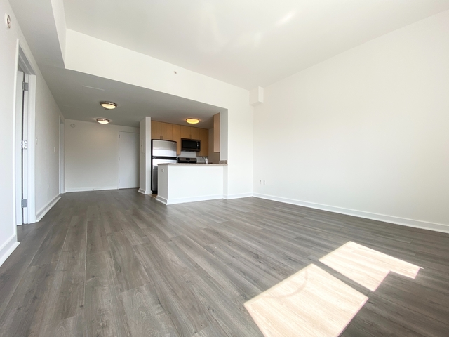 2 Bedrooms, Jamaica Rental in NYC for $2,575 - Photo 1
